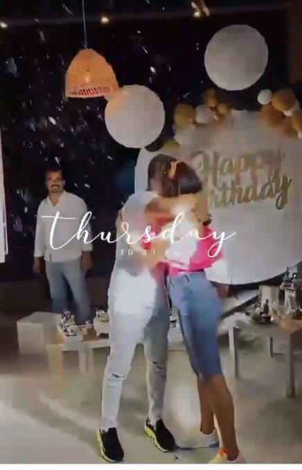 Tamer Hosni celebrates his birthday with his wife Basma Bousil with family and friends (3)