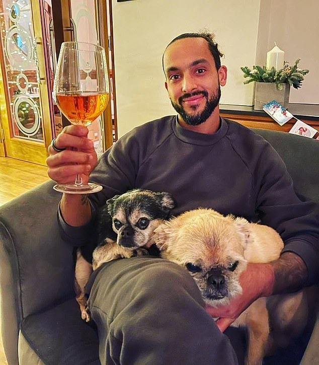 Southampton striker Theo Walcott with his two dogs