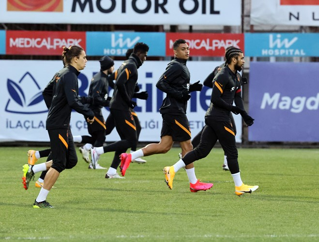 Mustafa Mohamed grabs attention in the training of Galatasaray