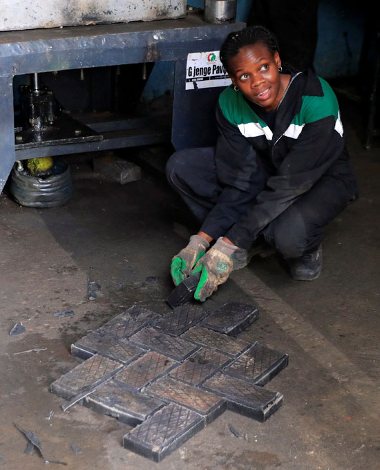 Kenya makes bricks stronger than concrete, recycling plastic waste (1)