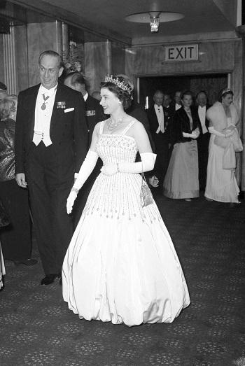 الملكة اليزابيث 1962