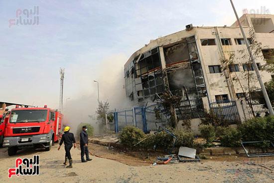مصنع العبور المحترق (1)