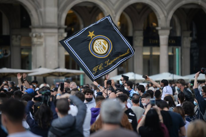 Celebrations of the Inter Milan fans of the Italian League title (3)