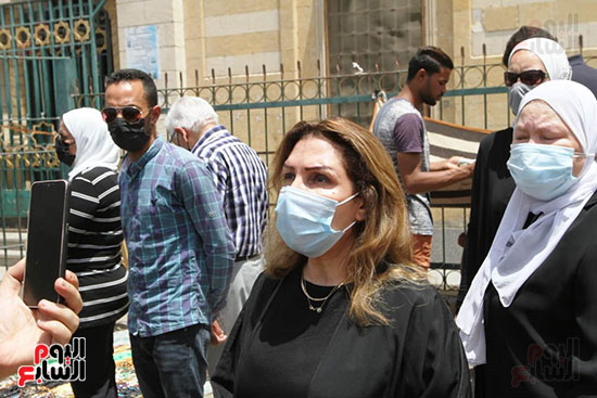 Artist Nadia Mostafa from Maher Al-Attar's funeral