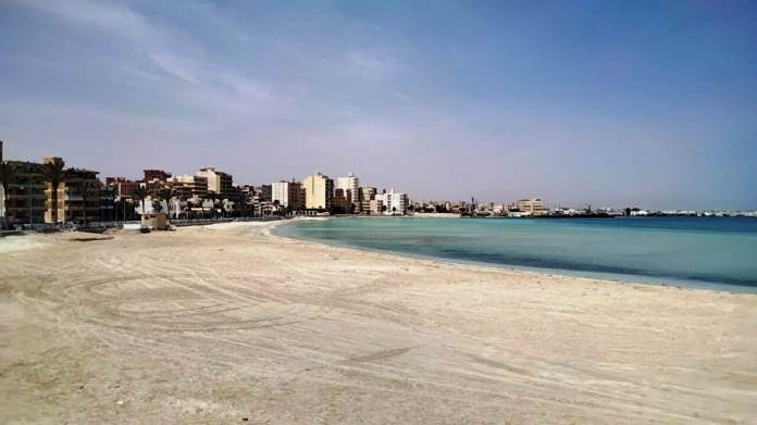 The beaches of Matrouh are empty in light of its closure to confront Corona