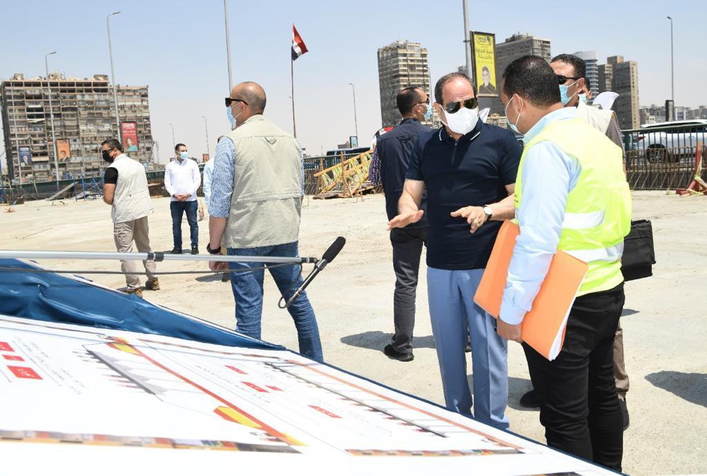 الرئيس السيسى يتفقد أعمال التطوير والصيانة للطريق الدائري (10)