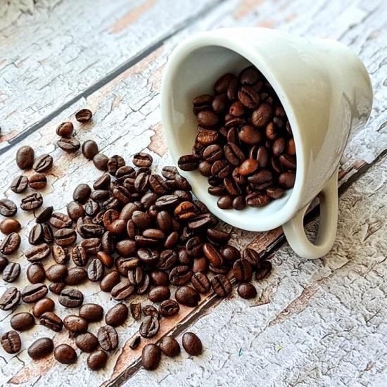 وصفات طبيعية من القهوة للعناية بالشعر  (1)