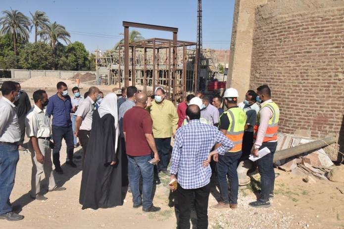 Assiut Governor inspects the construction of Al-Tanagha Al-Sharqiah Secondary School and a firefighting unit in Sahel Selim (9)