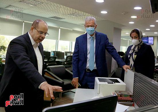 الرئيس التنفيذى لجى بى غبور أوتو فى زيارة لـاليوم السابع (22)