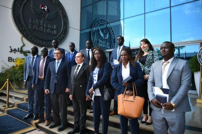 وفد من جنوب السودان مع رئيس الرقابة المالية ونوابه