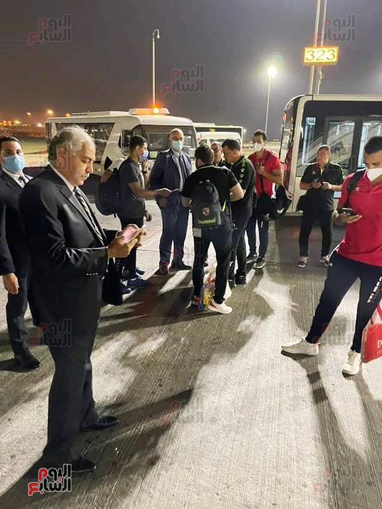Al-Ahly delegation arrives in Cairo crowned with the title of African Cup Winners' Cup (12)