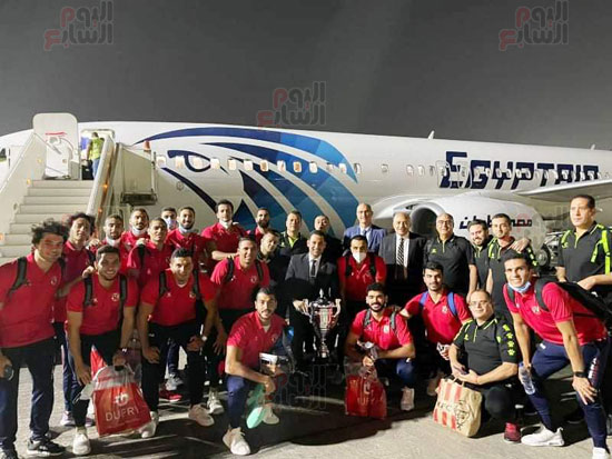 Al-Ahly delegation arrives in Cairo, crowned with the title of African Cup Winners' Cup (3)