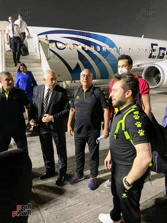 Al-Ahly delegation arrives in Cairo, crowned with the title of African Cup Winners' Cup (8)