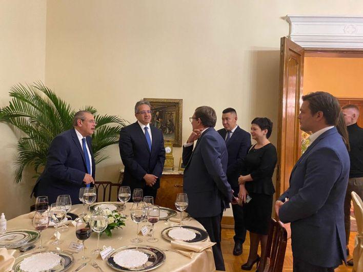 وزير السياحة في حفل استقباله بالسفارة المصرية في موسكو