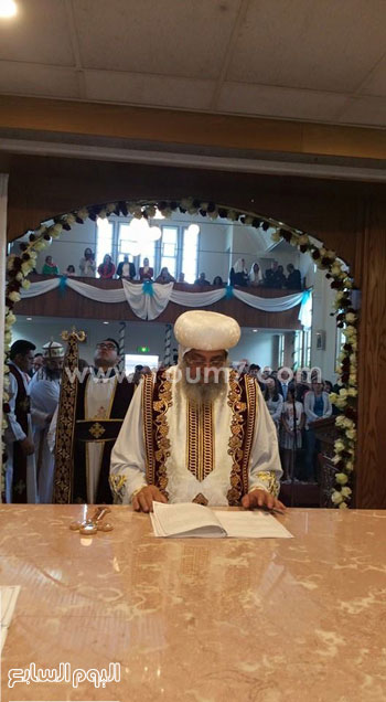 مراسم تدشين كنيسة السيدة العذراء والأنبا أرسانيوس بهولندا -اليوم السابع -5 -2015
