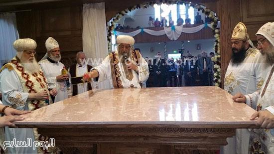 جانب من مراسم تدشين كنيسة السيدة العذراء والأنبا أرسانيوس بهولندا -اليوم السابع -5 -2015