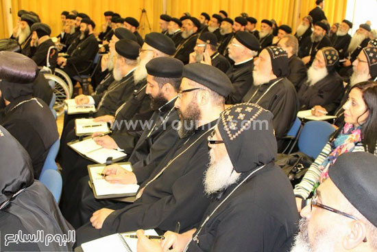 عدد من الآباء الأساقفة والكهنة بمؤتمر كهنة أوروبا -اليوم السابع -5 -2015