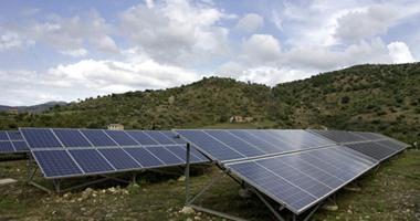 الاعتماد على الشمس لحل مشكلة الطاقة بات شائعا