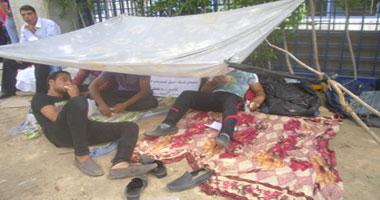 اعتصام عمال بتروتريد أمام وزارة البترول