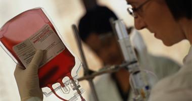 """ثورة فى عالم الطب.. علماء يبتكرون """"دم اصطناعى"""" على شكل مسحوق"""