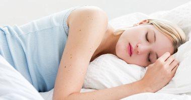 صحتك فى وصفة.. العسل وجوز الهند لنوم من غير أرق