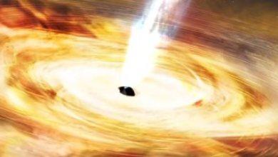 تفتكر أيه ممكن يحصلك لو وقعت فى ثقب أسود؟