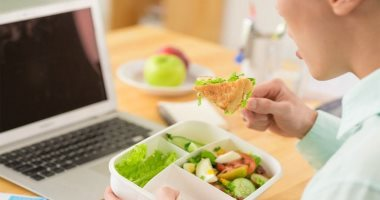 إذا كنت مشغولا بالجوع ، اختر من بين 5 وجبات خفيفة صحية