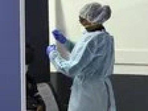 Coronavirus weltweit: Frankreich macht Corona-Tests für EU-Reisende zur Pflicht