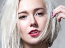 9 Hair Mistakes That Make You Look Older - ZergNet
