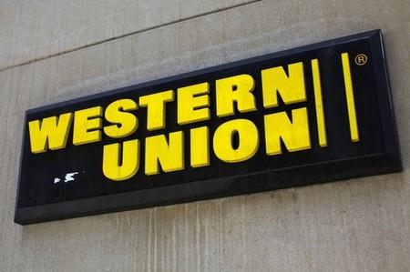 Απάτες μέσω Western Union αποκαλύφθηκαν στις ΗΠΑ... Τεράστιο πρόστιμο στην εταιρεία!