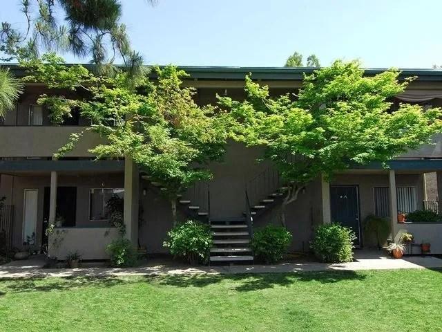 4885 N Recreation Ave, Fresno, CA 93726 1 Bedroom