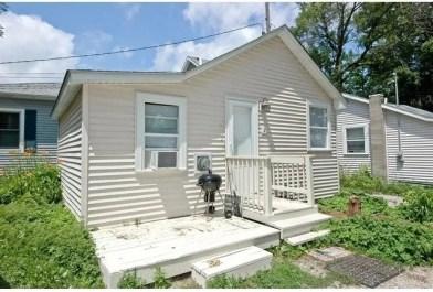 258 Lippincott Ln #2, Fox Lake, IL 60020 1 Bedroom House