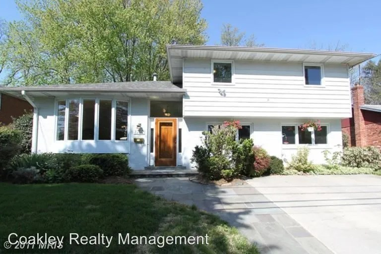 8702 Ewing Dr, Bethesda, MD 20817 4 Bedroom House for Rent
