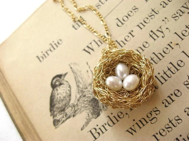 bird's nest necklace...14k goldfill, 3 pearl eggs - PreciousMeshes