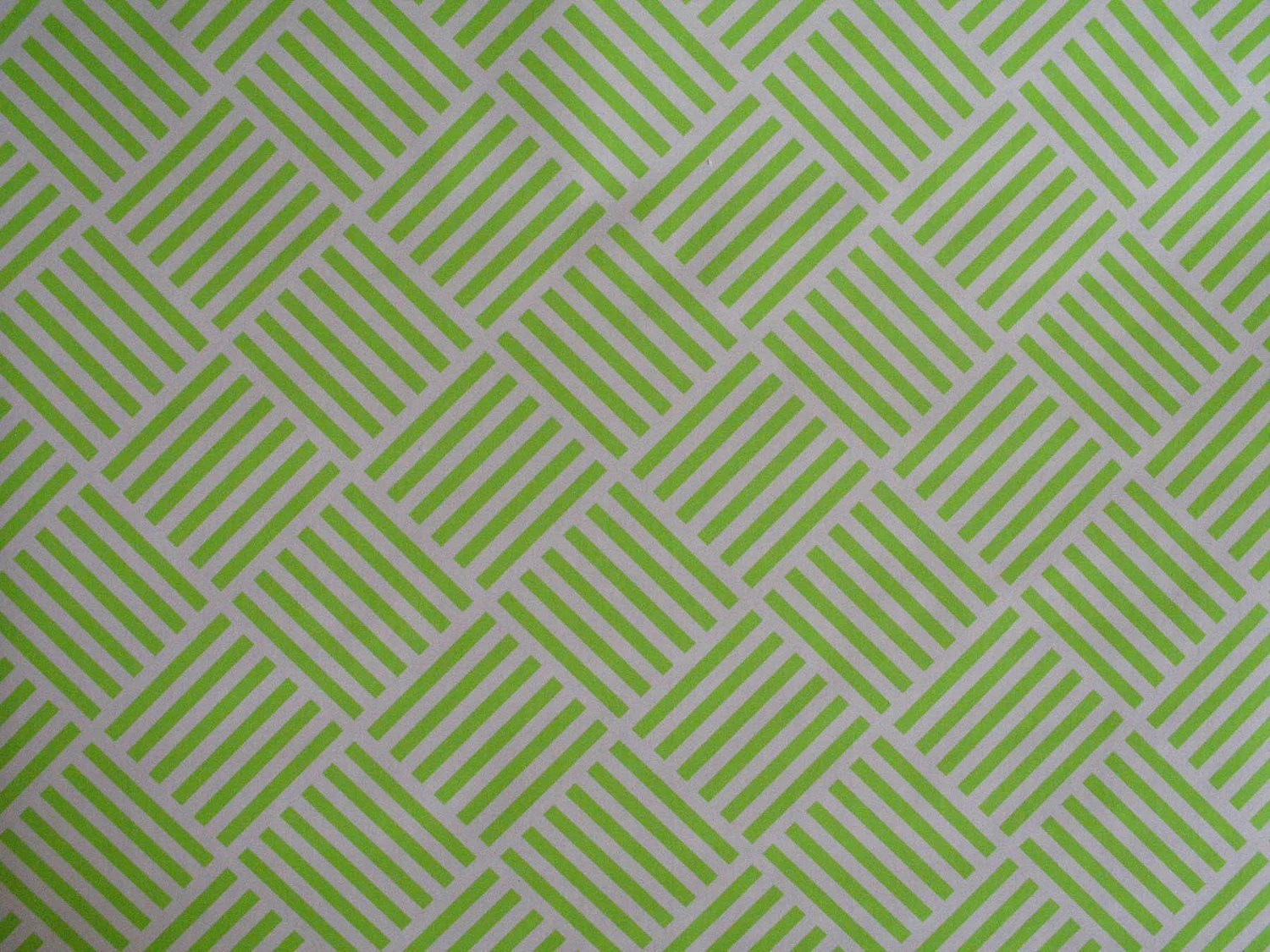 Contact Neon Paper Green