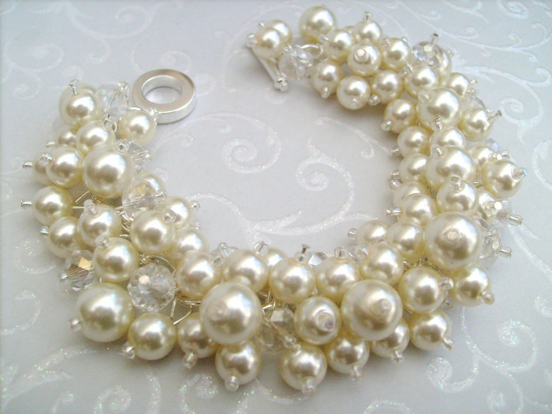 Set of 9 Pearl Bridesmaid Bracelets Bridesmaid Jewelry