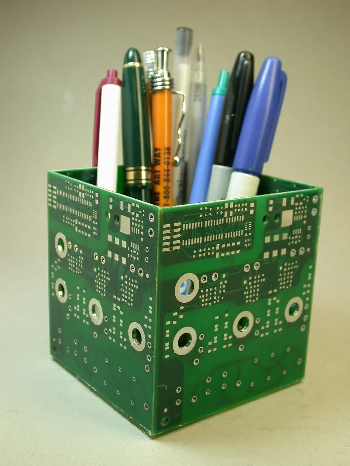 Recycled Circuit Board Business Card Holder Geekery Paperweight Pkg 1