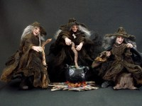 Three Witches from MacBeth 1-12 one inch scale art dolls