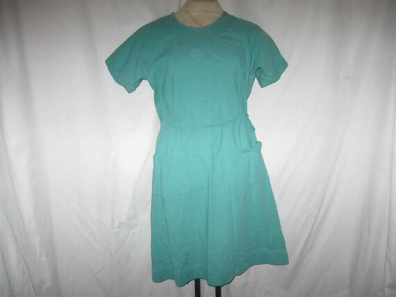 Vintage 60s Hospital Scrub Gown Green Dress by jenniesjunque