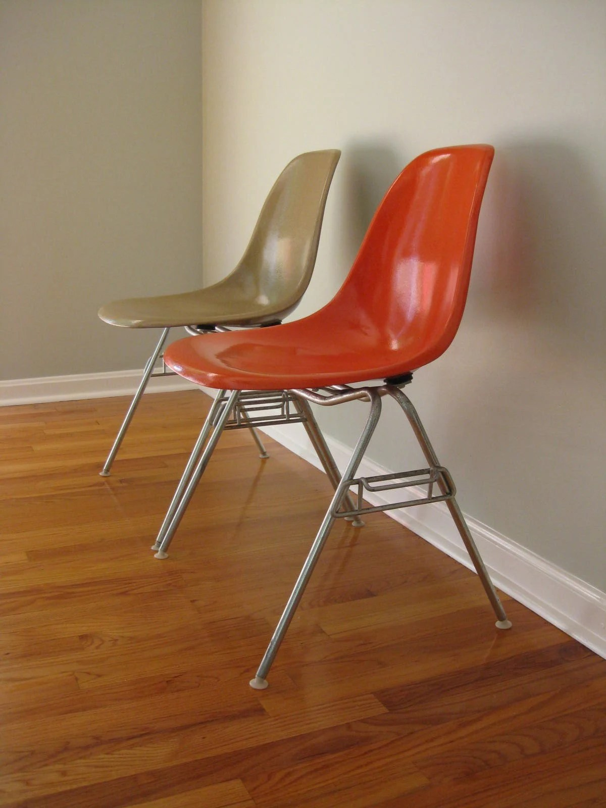 Orange Lounge Chair Eames Side Shell Chair Red Orange Stacking Base Herman
