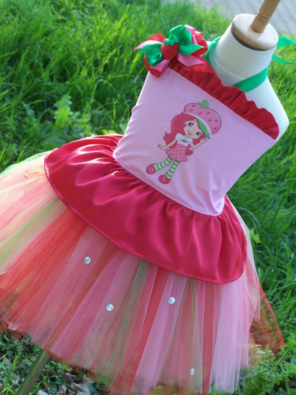 Strawberry Shortcake Corset Top And Tutu Chiclillovebugs