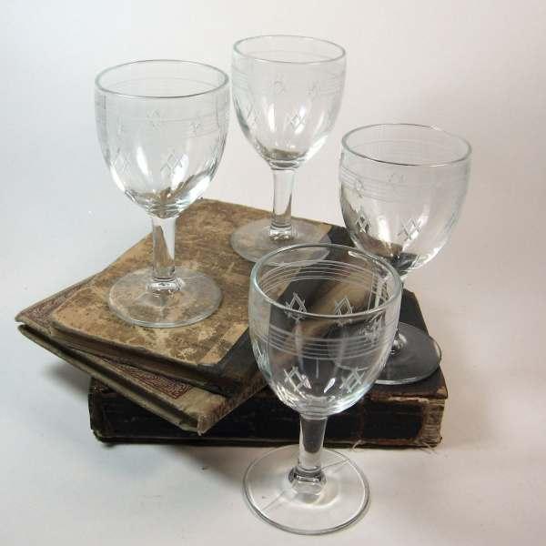 Vintage Etched Glass Cordial Glasses Set 4