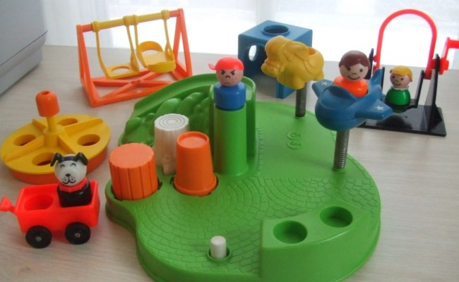 Vintage Fisher Price Little People Playground 10 Pc Playset