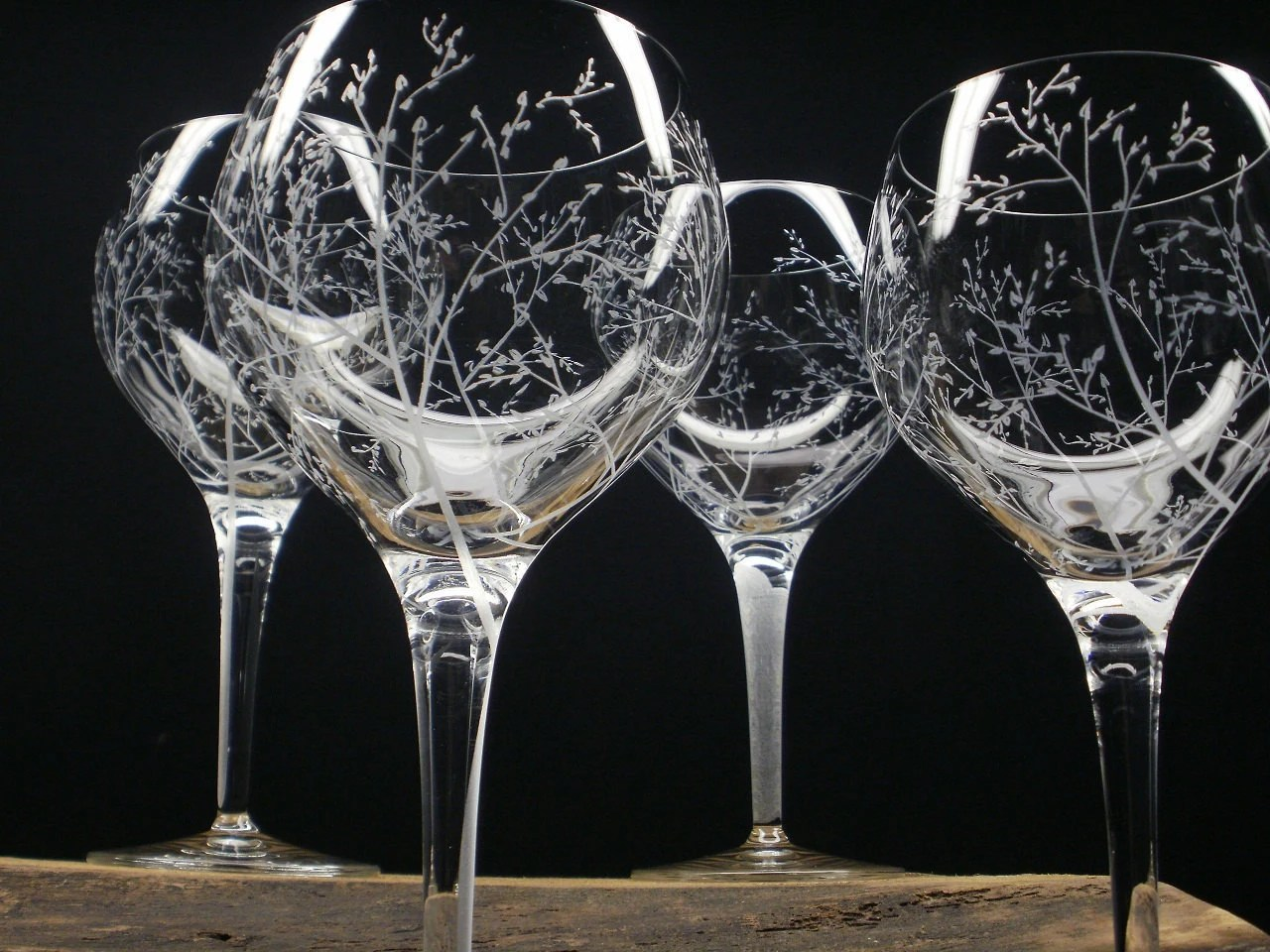4 Red Wine Glasses Hand Engraved Crystal Glass by daydreemdesigns