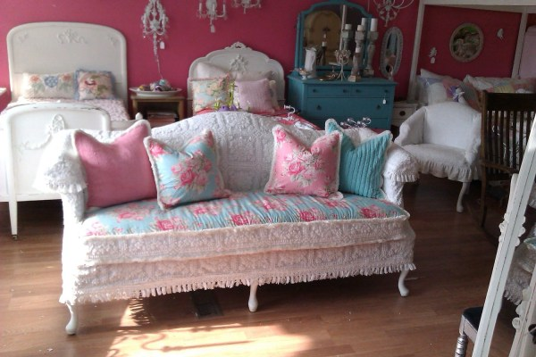 Shabby Chic Sofa Couch Chenille Bedspread