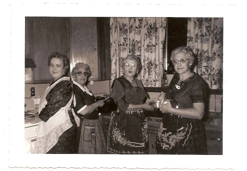 Vintage Photo Women In Aprons Cook Christmas Dinner December