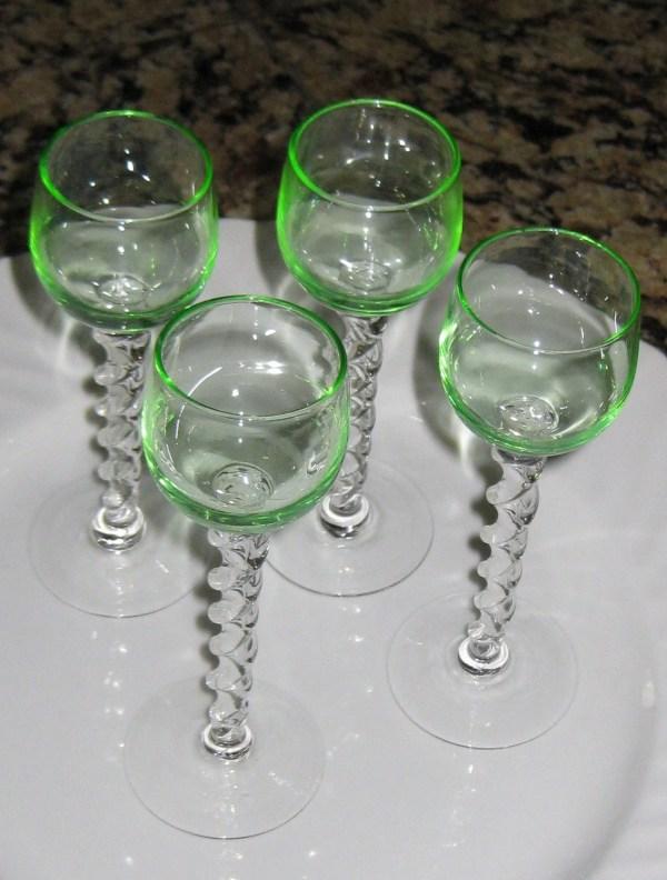 Great Set Cordial Glasses Green Glass Twist