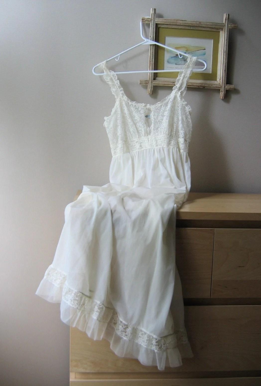 SALE Vintage Ivory Peignoir Set Full Length Bridal Nightgown