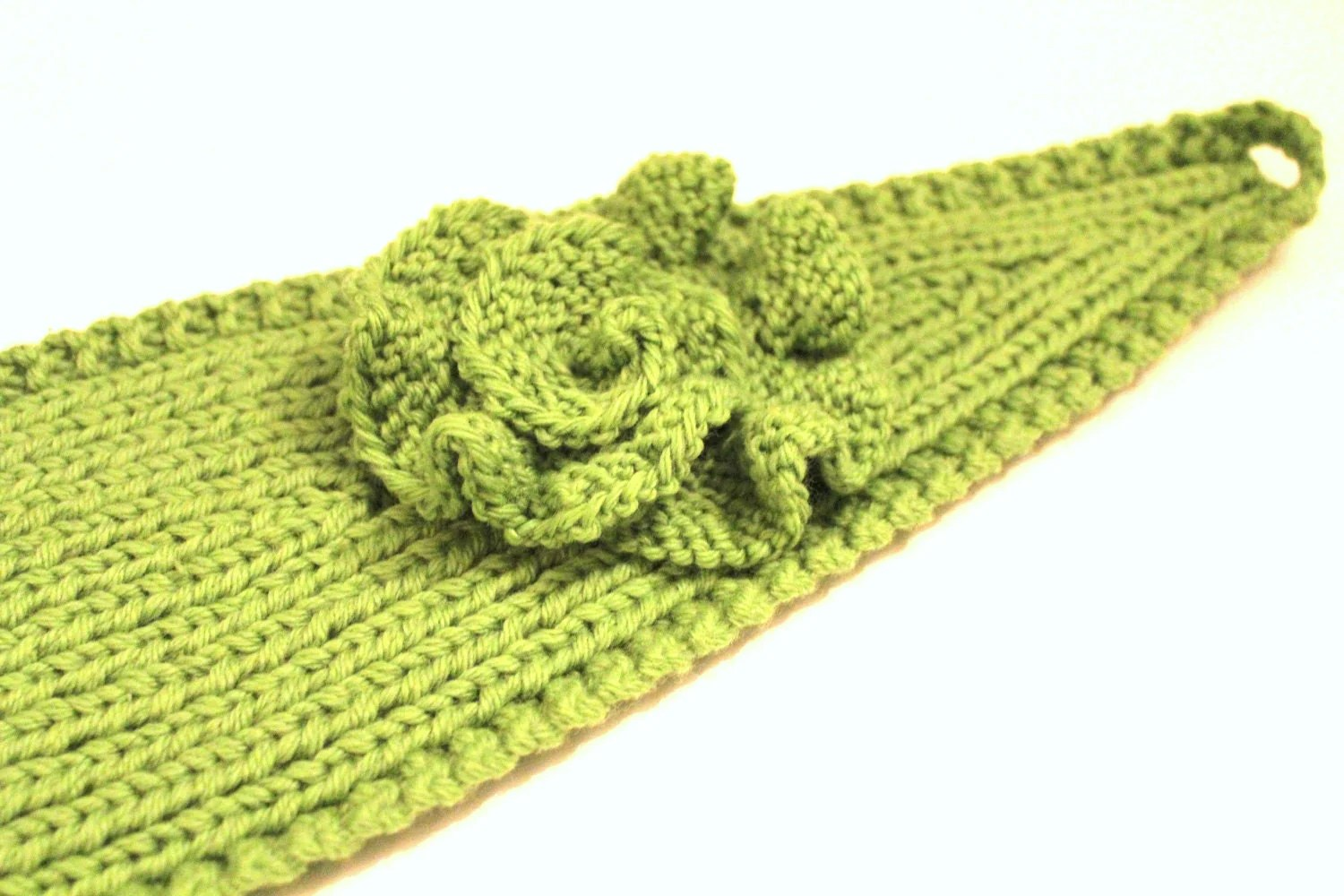 Knit A Headband With A Button