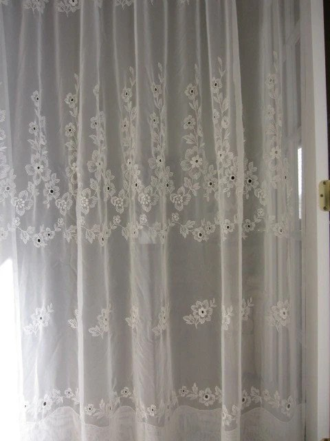 VINTAGE SHEER MACRAME FLORAL EMBROIDERED CURTAIN PANEL 80 inch